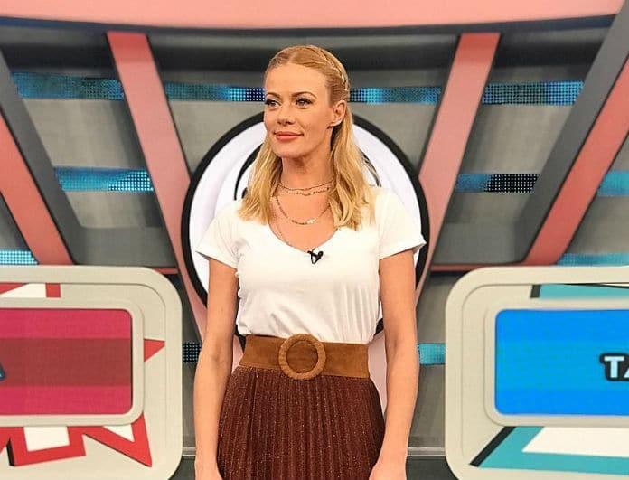 Ζέτα Μακρυπούλια: Φόρεσε την maxi φούστα με τον πιο απόλυτο τρόπο!