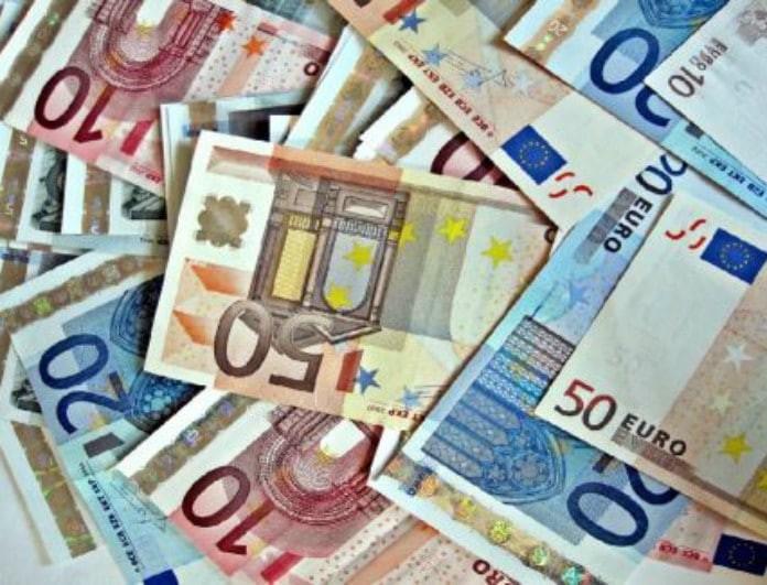 Επιδόματα μαμούθ με χιλιάδες ευρώ! Ποιοι Έλληνες θα βρείτε ξαφνικά χρήματα στον λογαριασμό σας;