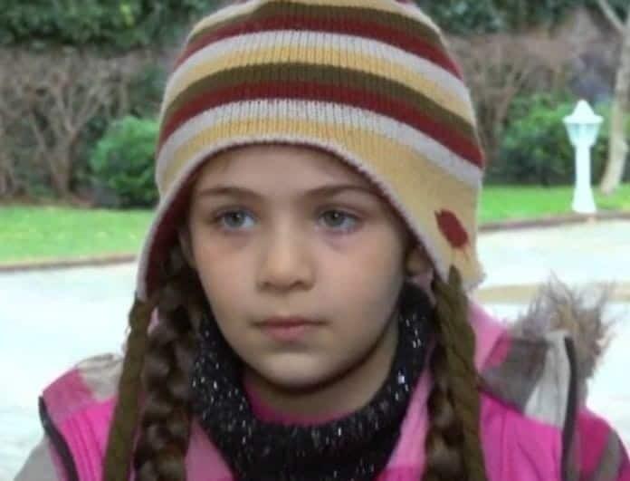 Elif: Η Ελίφ βλέπει τη Ζεϊνέπ και τον Σελίμ! Εξελίξεις σοκ!