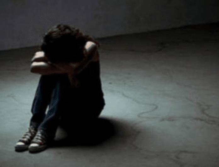 Απίστευτη φρίκη στη Χαλκίδα: Μάνα χτυπούσε χωρίς έλεος την 17χρονη κόρη της και την έστειλε στο νοσοκομείο!