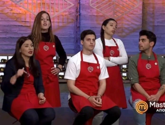 Master Chef: Κόλαση στο συμβούλιο! Η Σπυριδούλα θέλει να σηκωθεί η Εύα για να κάτσει! (Βίντεο)