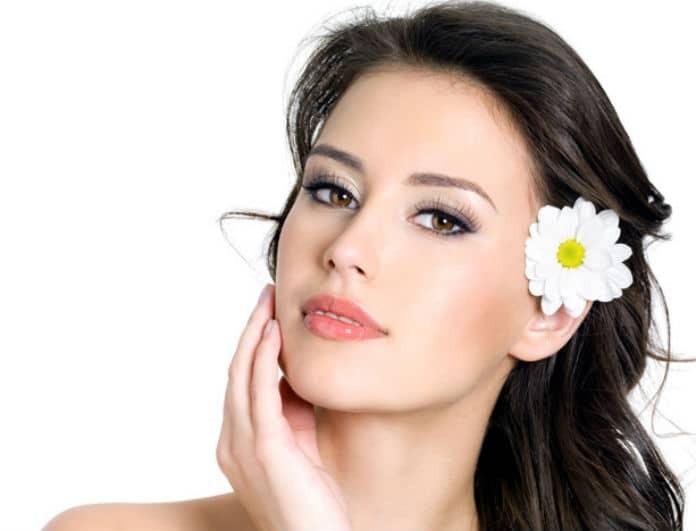 Πώς θα εξαφανίσεις τα σημάδια κούρασης από το βλέμμα σου, χωρίς μακιγιάζ;