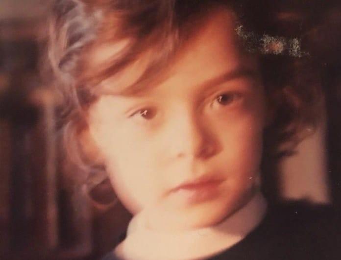 Απίστευτο: Δεν φαντάζεστε ποια πρωταγωνίστρια σειράς του ΑΝΤ1 είναι το κοριτσάκι της φωτογραφίας!