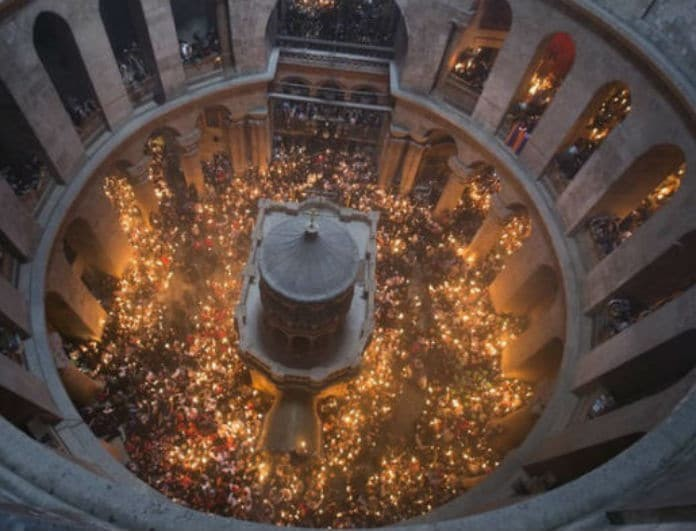 Συγκλονίζει το θαύμα στον Πανάγιο Τάφο! Ανατριχιαστική αληθινή μαρτυρία!