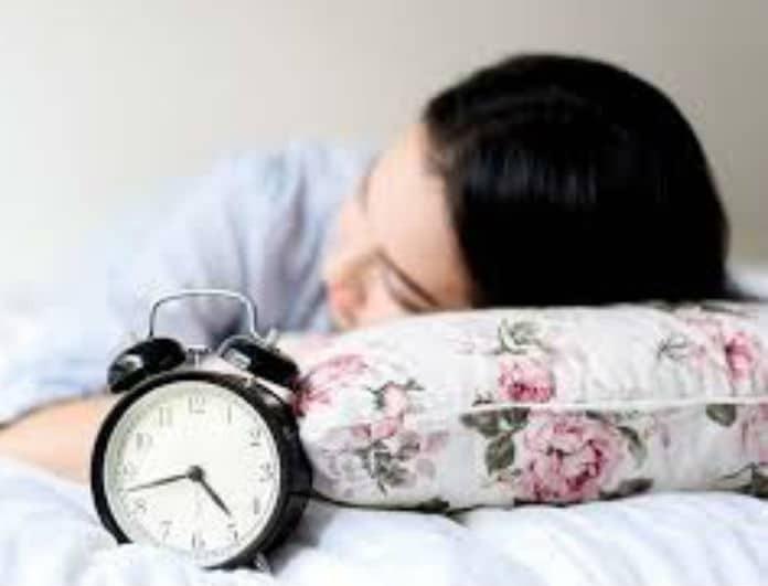 Είσαι κουρασμένη μετά από 8 ώρες ύπνου; Αυτός είναι ο λόγος!
