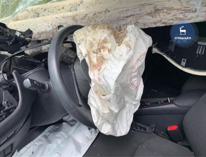 Τροχαίο στη Ρόδο: Ήταν σωστά τοποθετημένες οι μπάρες που «σούβλισαν» το αυτοκίνητο;