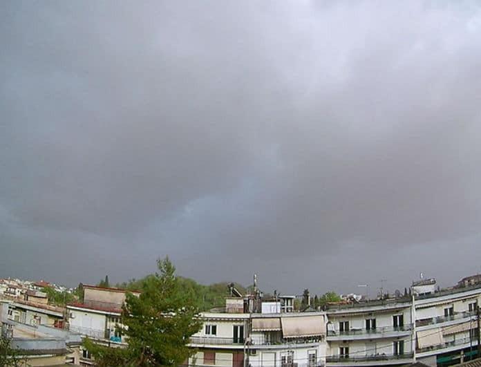 Καιρός σήμερα - Πέμπτη 16/5: Μουντός με βροχές και καταιγίδες! Αναλυτική πρόγνωση...