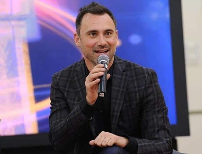 Εurovision 2019: Ο Καπουτζίδης αποκάλυψε γιατί δεν ανέφερε το «Βόρεια Μακεδονία» στον ημιτελικό! (Βίντεο)