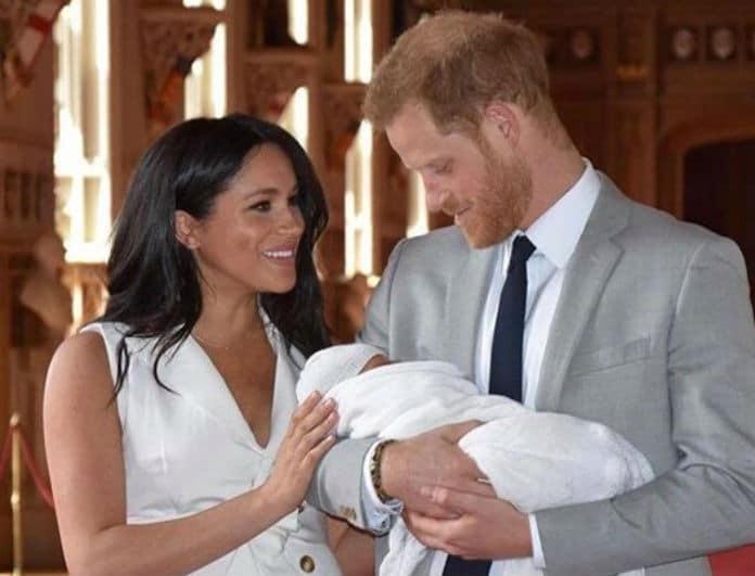Μέγκαν Μαρκλ - Πρίγκιπας Χάρι: Φωτογραφικό υλικό από την πρώτη εμφάνιση με το μωρό και τη συνάντηση με τη Βασίλισσα!