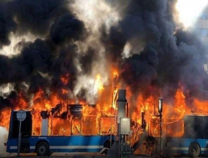 Έκτακτο: Ισχυρή έκρηξη σε τουριστικό λεωφορείο στο νέο μουσείο!
