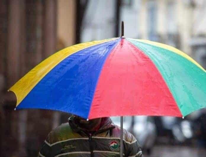 Νέα πρόγνωση καιρού: Βροχές και καταιγίδες το μεσημέρι στην Αττική!