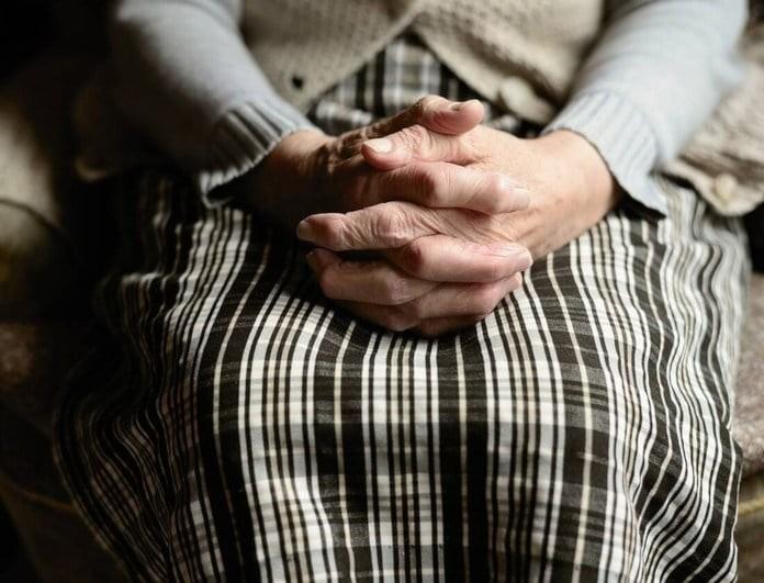 Φρίκη σε γηροκομείο: Στραγγάλισαν και χτύπησαν στο κεφάλι 92χρονη!