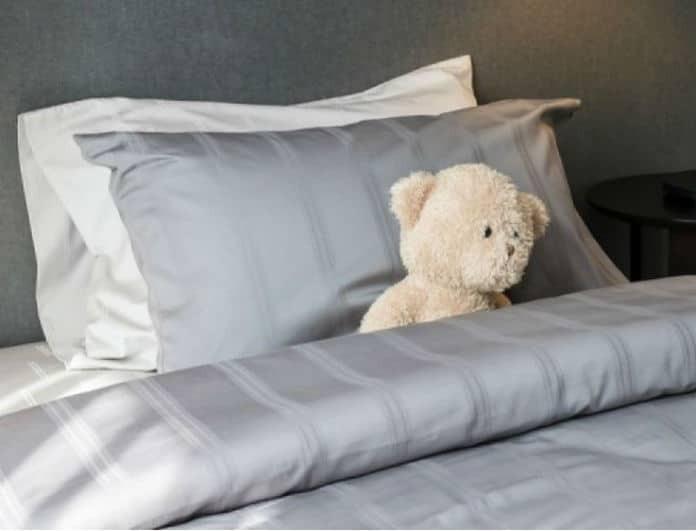 Ένα πανεύκολο tip που θα κάνει τα μαξιλάρια σας σαν καινούργια!