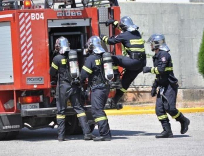 Έκτακτο: Μεγάλη πυρκαγιά στη Φυλής! Φωτογραφίες - ντοκουμέντο!
