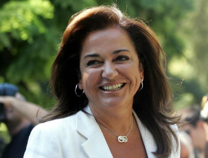 Ντόρα Μπακογιάννη: Ανοίγει για πρώτη φορά το σπίτι της!