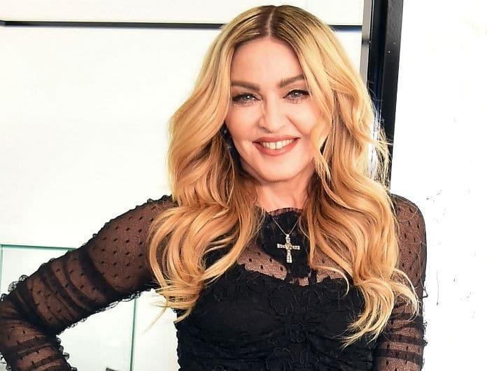 Δύσκολες ώρες για τη Μαντόνα: «Με βίασε γνωστή Ελληνίδα δημοσιογράφος!»