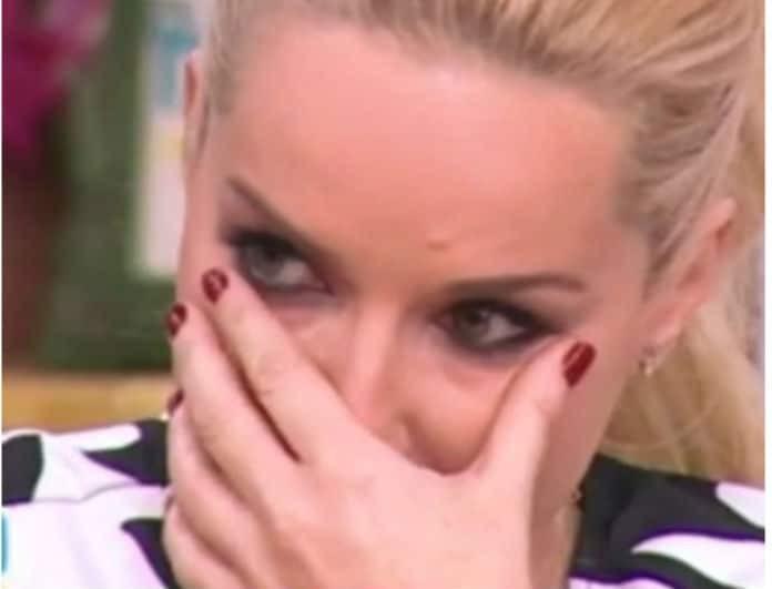 Μαρία Μπεκατώρου: Λαχτάρισε και της κόπηκαν τα πόδια! «Σεισμός» με την παρουσιάστρια...