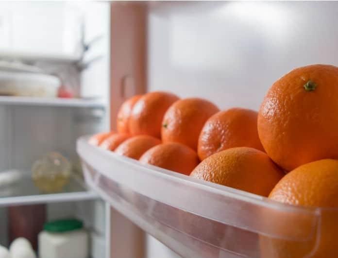 Εξαφάνισε τις ανεπιθύμητες μυρωδιές από το ψυγείο σου με ένα πορτοκάλι!