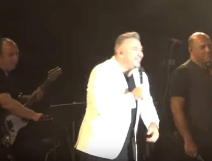 Αντώνης Ρέμος: Έγινε ο κακός χαμός με τον τραγουδιστή! Κραυγές και πανδαιμόνιο! (Βίντεο)