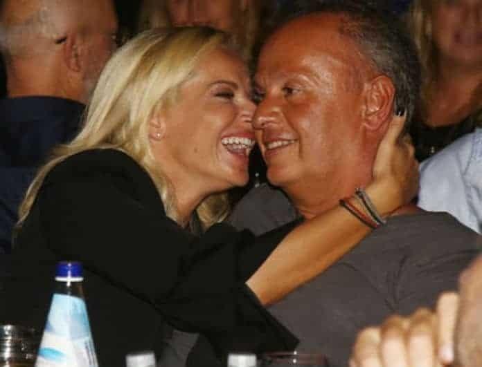 Μαρία Μπεκατώρου: Σε πελάγη ευτυχίας η παρουσιάστρια με τον σύζυγό της! Τι συνέβη;