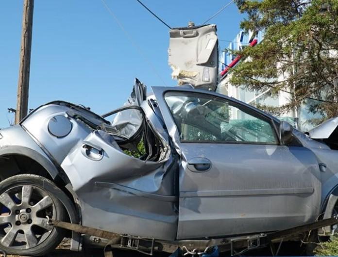 Τραγική ειρωνεία με το τροχαίο στη Λάρισα: Η 19χρονη πέθανε δύο χρόνια μετά τον αδερφό της!