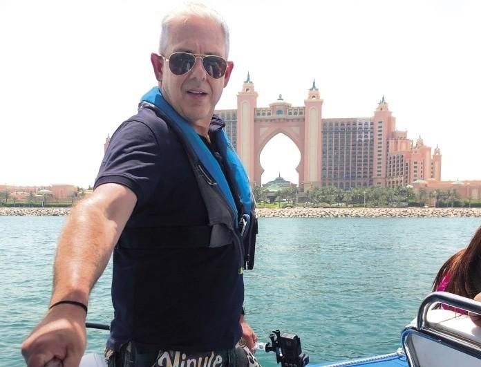 Εικόνες: Το πρώτο μέρος από το ταξίδι του Τάσου Δούση στο Ντουμπάι! (Βίντεο)