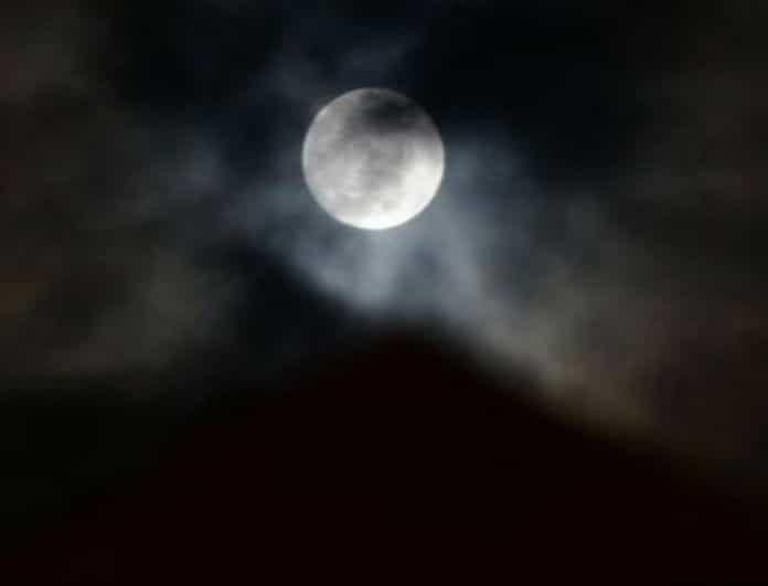 Έρχεται το «Μαύρο Φεγγάρι»! Το σπάνιο φαινόμενο που θα σας