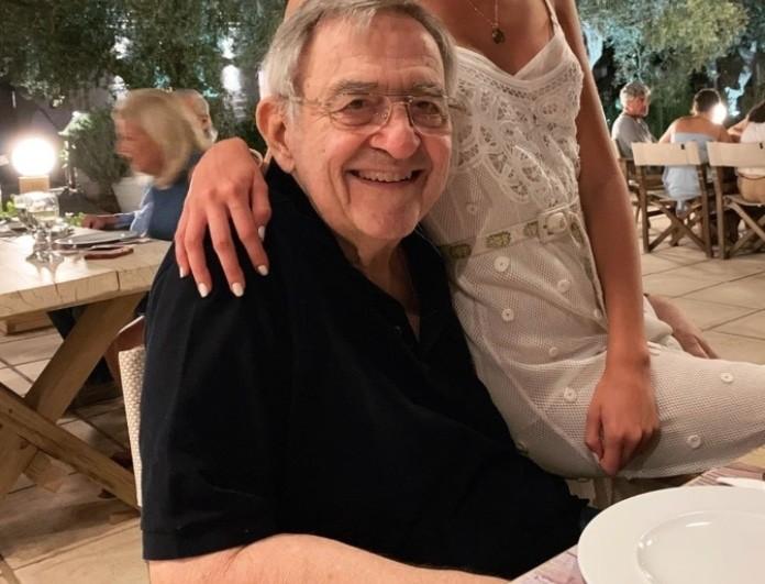 Βασιλιάς Κωνσταντίνος: Διακοπές στις Σπέτσες! Η φωτογραφία με την κουκλάρα εγγονή του!