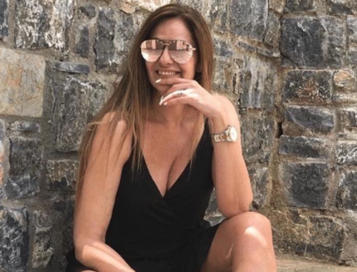 Βίκυ Κουλιανού: Μοιράζει εγκεφαλικά με το κορμί της! Το σώμα της χωρίς ίχνος ρετούς!