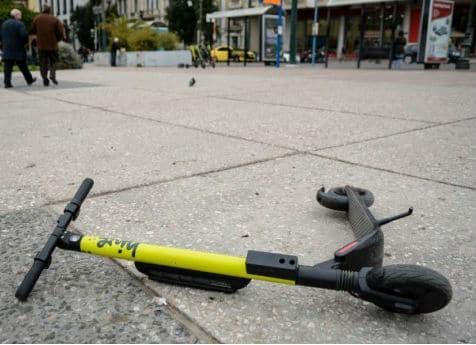 Σοκ στην Θεσσαλονίκη! Αυτοκίνητο παρέσυρε 13χρονο με ηλεκτρικό πατίνι!
