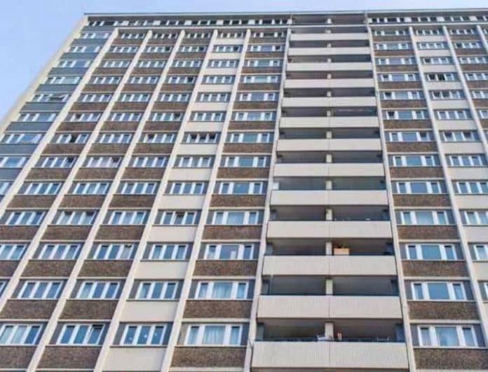 Απίστευτο!  Ζευγάρι έπεσε από τον 9ο όροφο κατά τη διάρκεια του σeξ, νεκρή η γυναίκα!