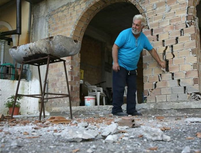 Σεισμός Αθήνα: Αυτά είναι τα 13 επικίνδυνα κτίρια που γκρεμίζονται!