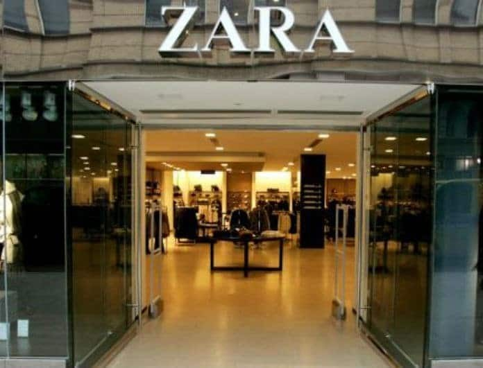Zara: Αυτή είναι η τσάντα που φοράς και στην παραλία και για καφέ! Έχει