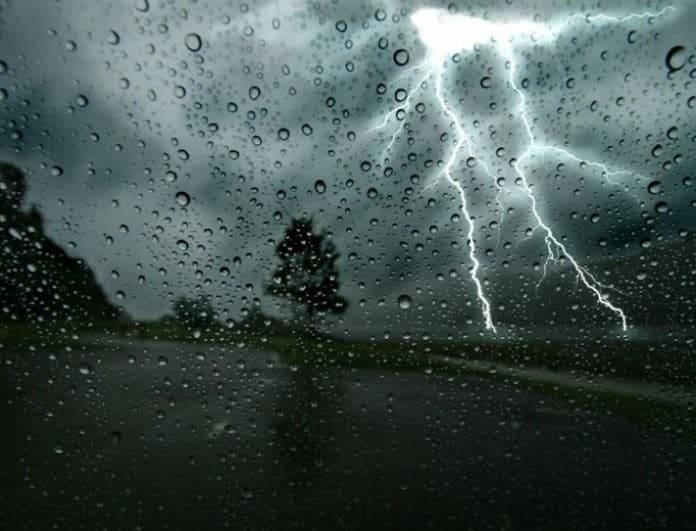 Έκτακτο δελτίο καιρού: Με βροχές ο Δεκαπενταύγουστος! Σε ποιες περιοχές πέφτουν «καρέκλες»;