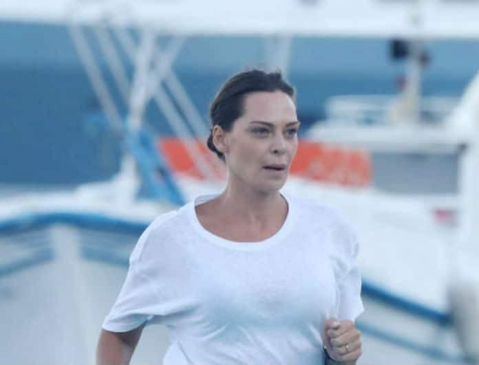 Υβόννη Μπόσνιακ: Απλά ακομπλεξάριστη κατέβηκε από το σκάφος με τις