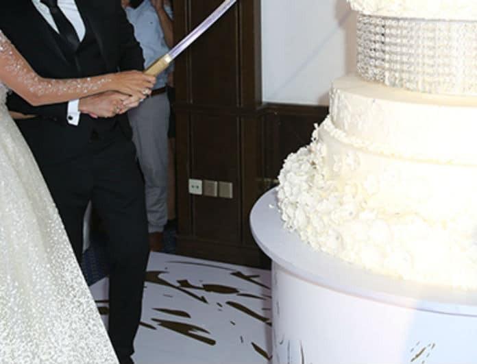 Λαμπερός γάμος στην showbiz! Η τούρτα 3 μέτρων και η συναυλία με τις Μέλισσες!
