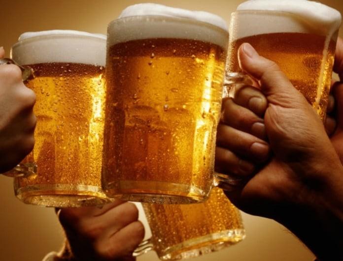 Νομίζουμε ότι δροσιζόμαστε αλλά πίνουμε καρκίνο! Η ουσία σοκ που βρέθηκε μέσα σε μπύρες!