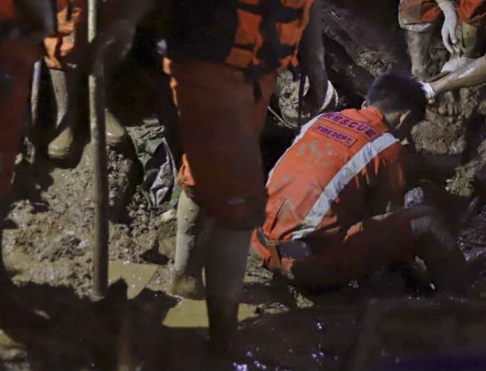 Ασύλληπτη τραγωδία: 41 νεκροί και δεκάδες αγνοούμενοι από κατολίσθηση!