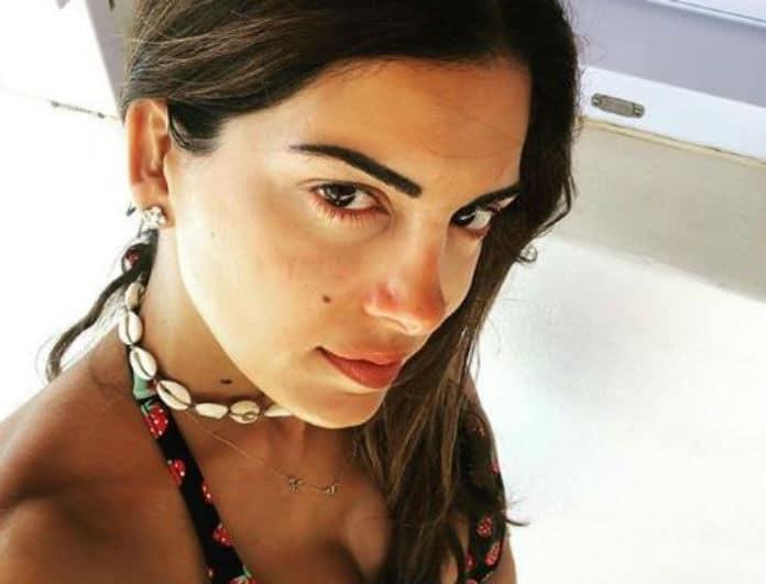 Σταματίνα Τσιμτσιλή: Φόρεσε την τελευταία τάση στα γυαλιά ηλίου! Είναι