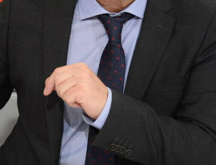 Αποχώρηση «βόμβα» για Έλληνα παρουσιαστή! Τον έδιωξαν από το κανάλι του!
