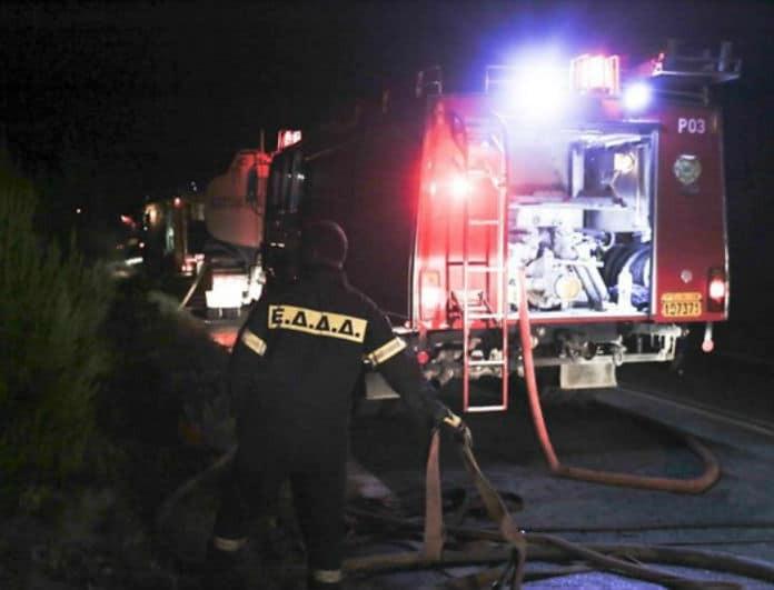 Νύχτα θρίλερ! Φωτιά σε εστιατόριο στο Μενίδι – Πυρπόλησαν αυτοκίνητο στο Αιγάλεω!