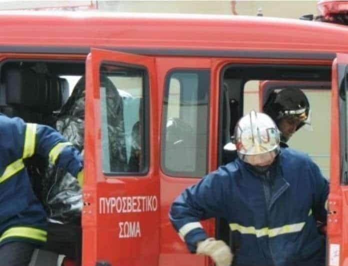 Συναγερμός στον Άγιο Ελευθέριο: Φωτιά σε μεγάλη πολυκατοικία - Υπάρχουν τραυματίες!