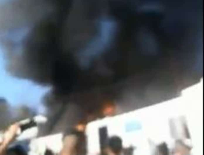 Φωτιά τώρα στη Μόρια! Έτρεχαν να σωθούν οι πρόσφυγες!