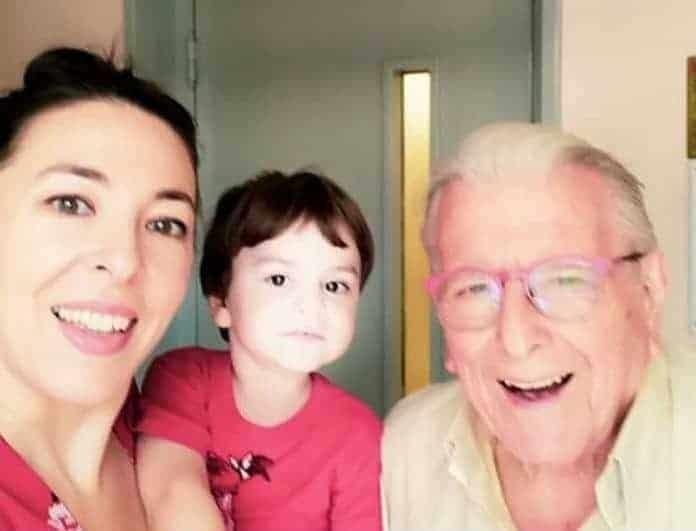 Αλίκη Κατσαβού: Η τρυφερή φωτογραφία με τον γιο της και τον Κώστα Βουτσά!