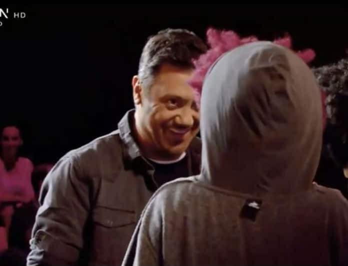 X-factor: Άφωνος ο Θεοφάνους! Ανέβηκαν στην σκηνή και τραγούδησαν τα παιδιά του! (Βίντεο)