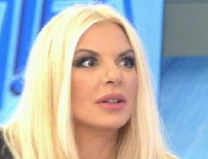 Αννίτα Πάνια: Έμεινε με το στόμα ανοιχτό! Η αναφορά στην σχέση της με τον Νίκο Καρβέλα στον αέρα της εκπομπής της! (Βίντεο)