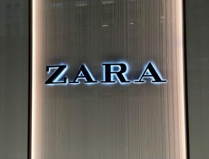 Zara: Αν είσαι τολμηρή αυτό είναι το παντελόνι που θα φορέσεις! Γυαλίζει από... χιλιόμετρα!