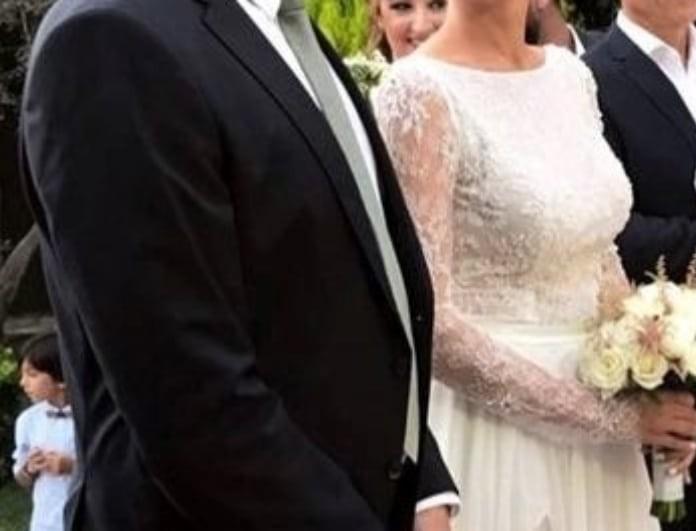 Γάμος αγαπημένου ζευγαριού της ελληνικής showbiz! Οι φωτογραφίες από το μυστήριο!