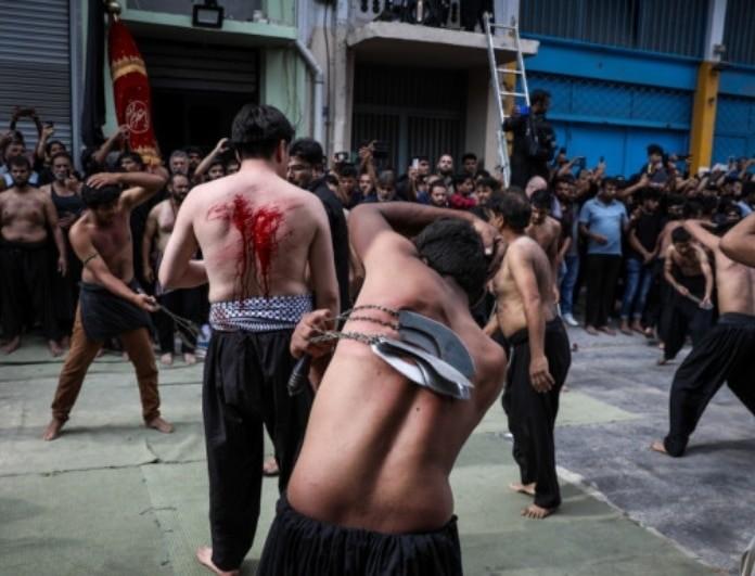 Μουσουλμάνοι αυτομαστιγώθηκαν στο Περιστέρι! Σκληρές εικόνες! (Βίντεο)