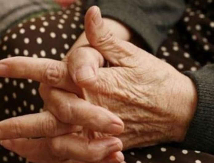 Σοκαρισμένη η Κρήτη: Κόρη κακοποίησε την 88χρονη μητέρα της!